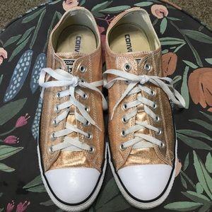 Rose gold converse size 10.5 men's 12.5 women's